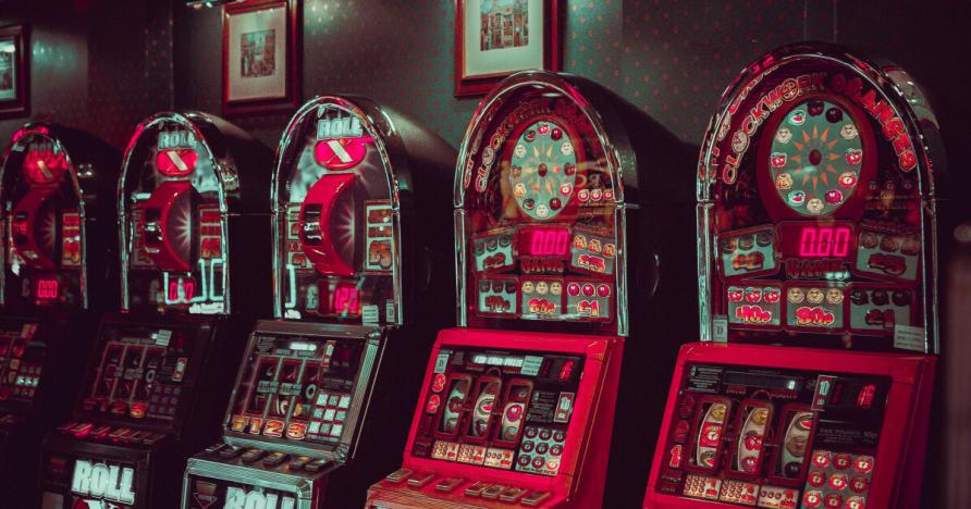 Microgaming kiegészítés Független Studio Network és a szünet da Bank Sequel