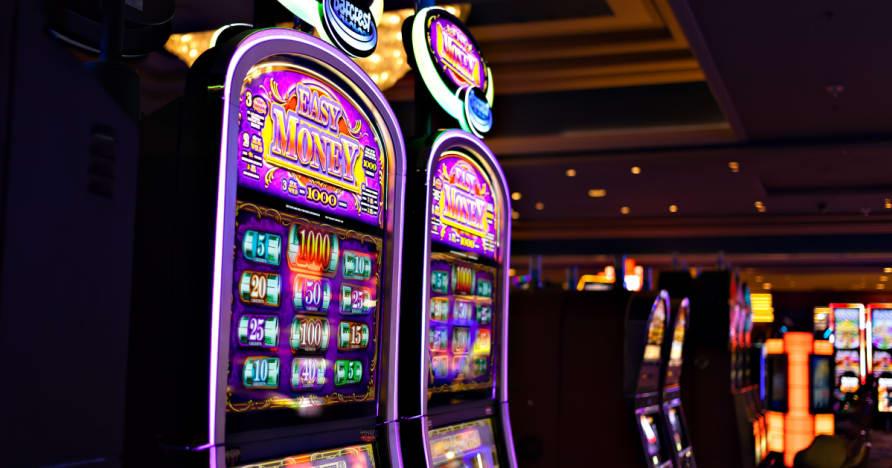 Hogyan lehet pénzt kaszinók Via Nyerőgépek