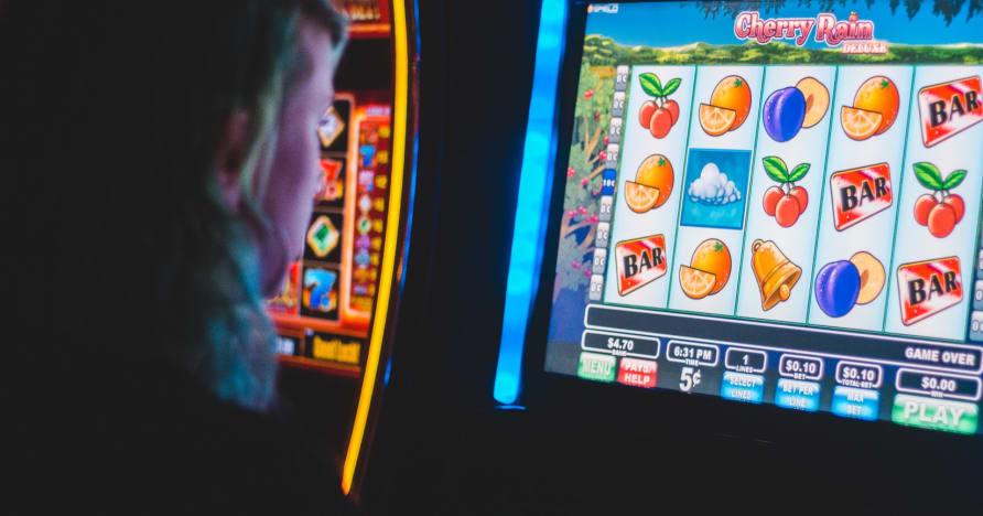 Készen áll arra, hogy pénzt nyerjen a nyerőgépeken?
